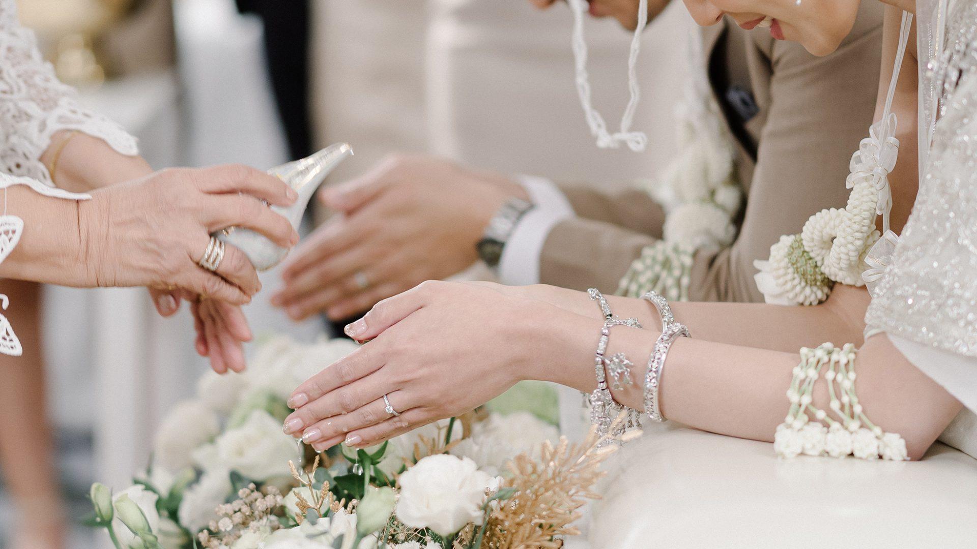 Thai wedding ceremony at Pullman Bangkok Hotel G