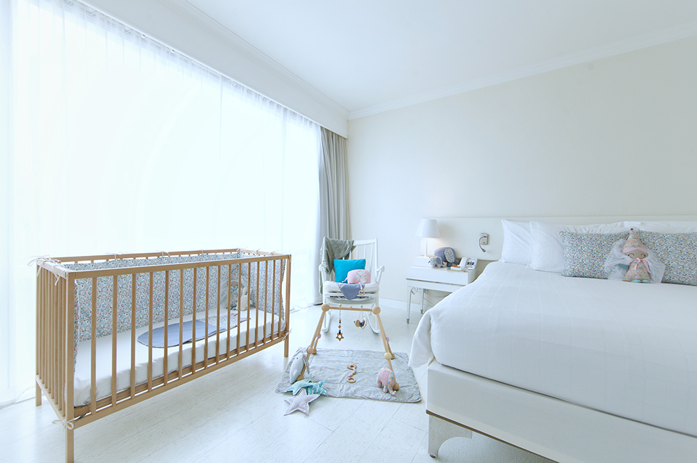 ASQ family package G Deluxe Room