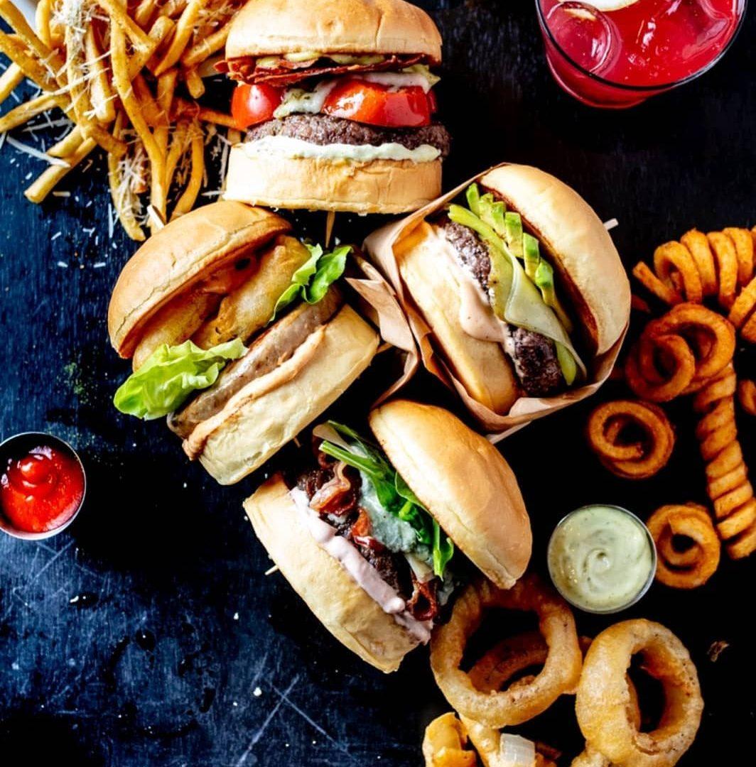 25 Degrees Burger & Liquor Bar Hotel Guests Benefits